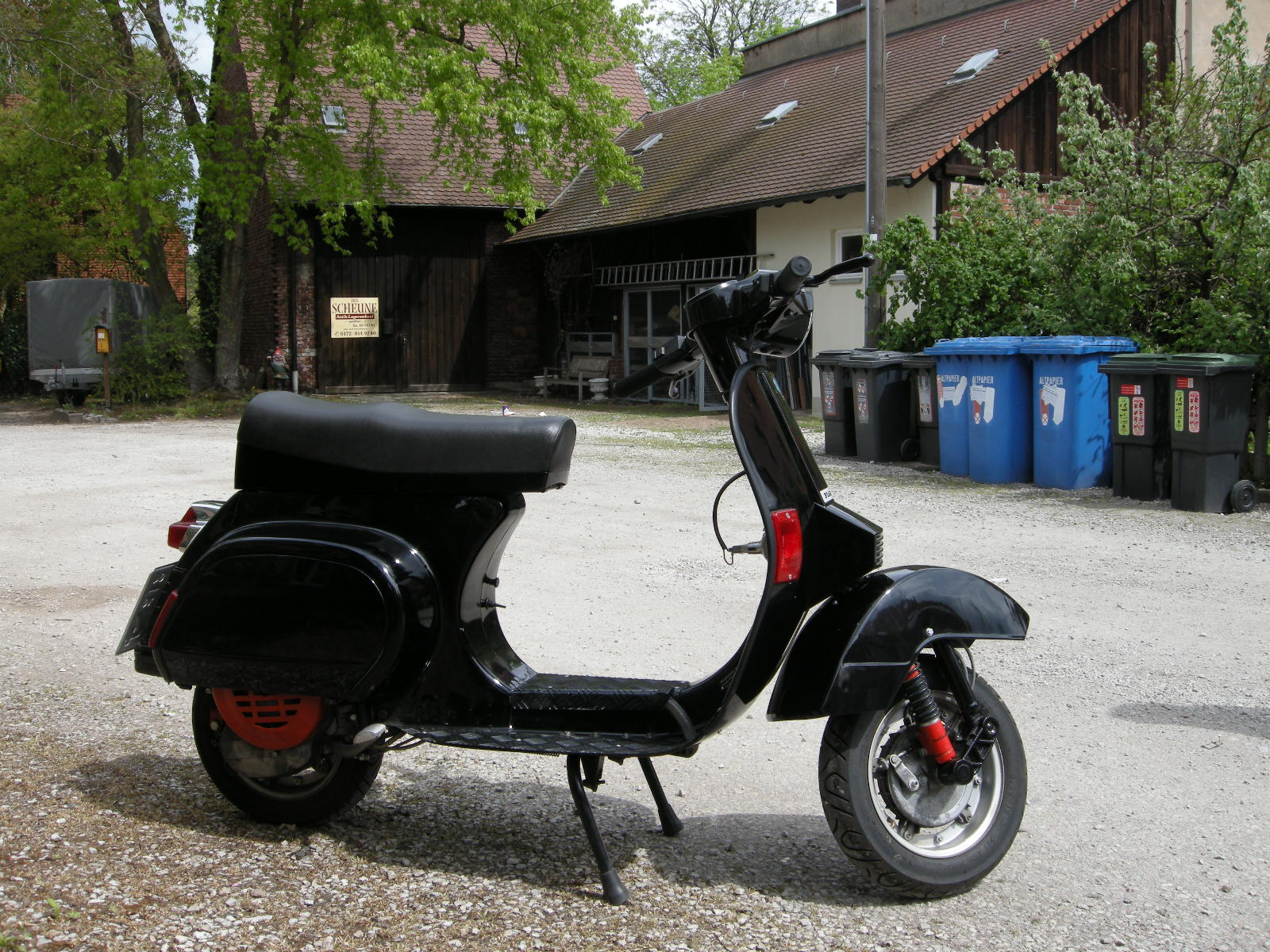 restaurierte vespa pk im top zustand zum fairen preis in n rnberg verkaufe roller gsf das. Black Bedroom Furniture Sets. Home Design Ideas