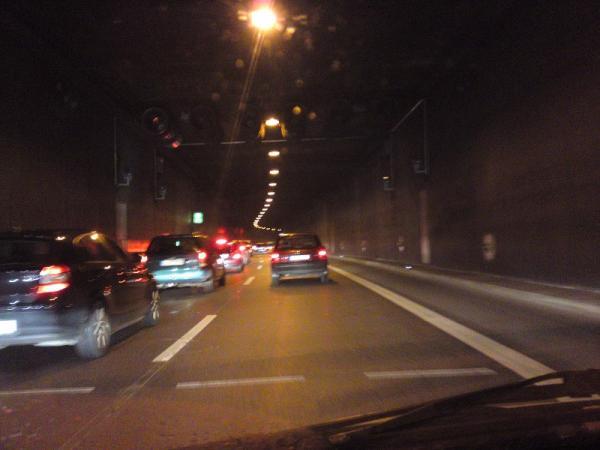 Neue Blitzer Im Rheinufertunnel Düüseldorf Blabla Gsf Das