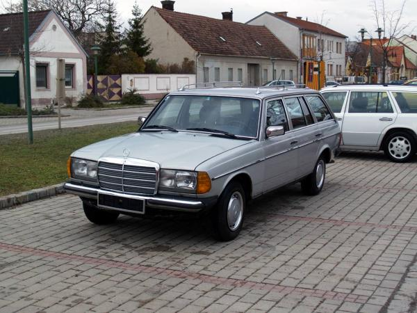 Mercedes Benz 230 Te W123 Verkaufe Vespa Teile Gsf Das Vespa
