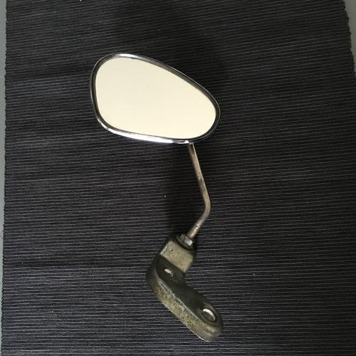 ist weg bumm spiegel nierenform mit halterung verkaufe vespa teile gsf das vespa. Black Bedroom Furniture Sets. Home Design Ideas