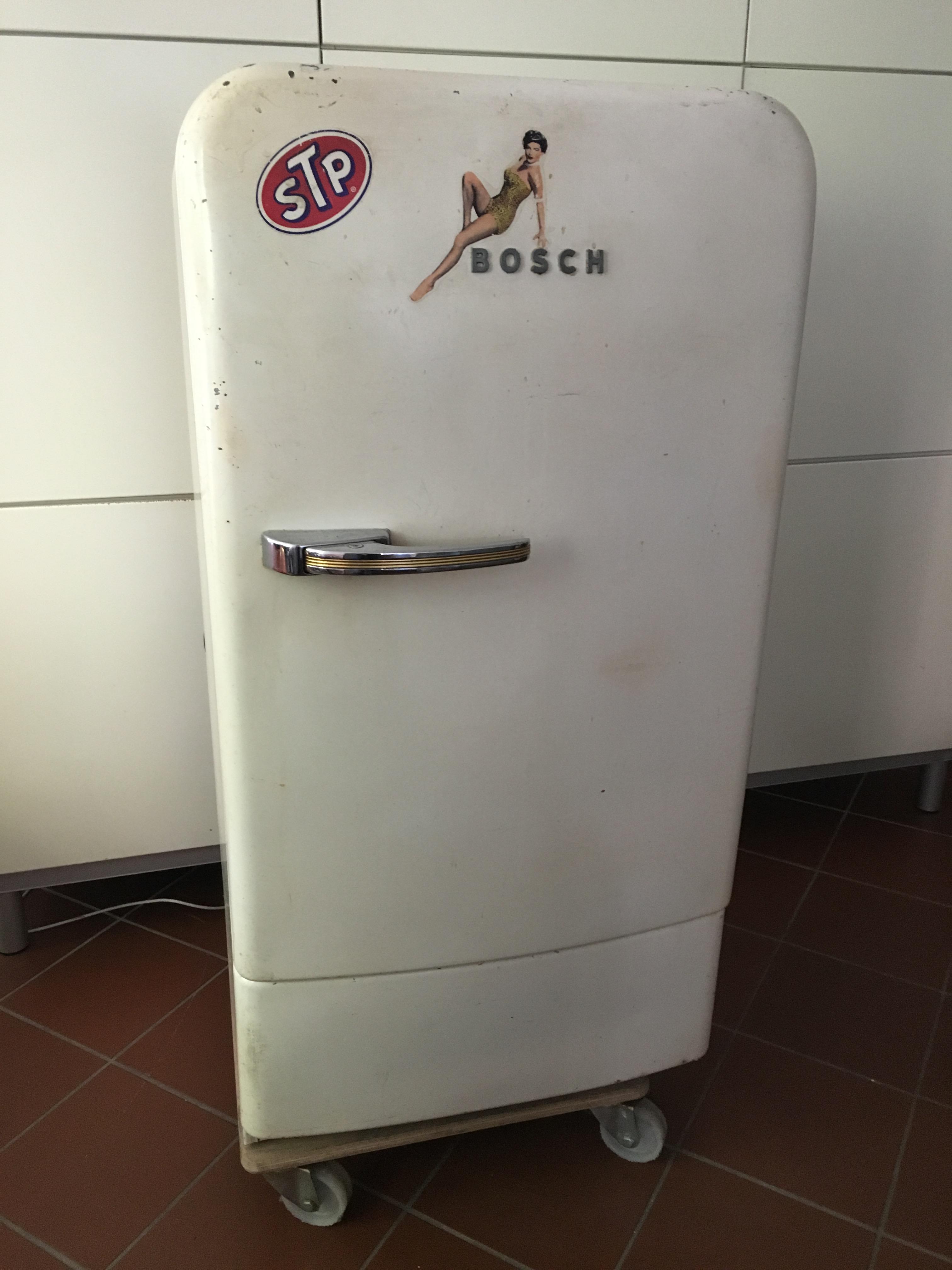 BOSCH Kühlschrank Typ 125 A, original Lack, aus den 50er Jahren ...