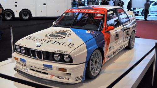 1280px-BMW_E30_M3_1.jpg