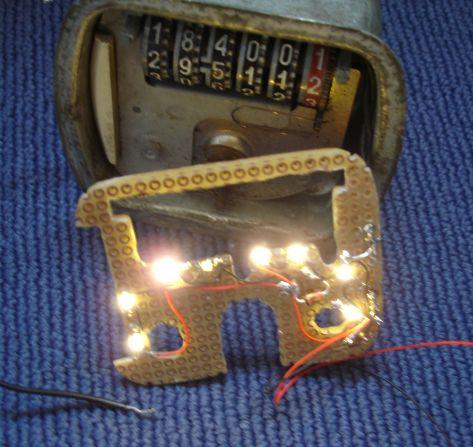 Tacho VL3T beleuchtet -2.jpg