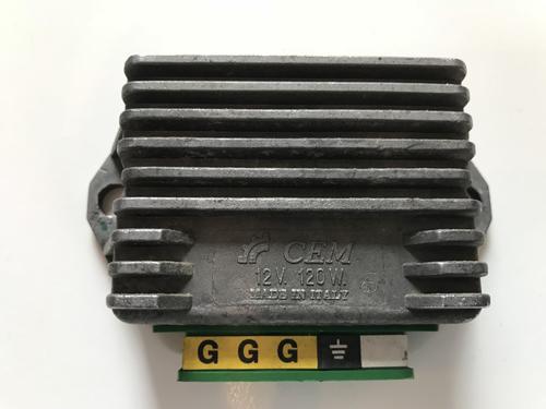 Cosa_Spannungsregler120W.thumb.JPG.ae2973f4811e7ef8cf2e952d91fa8e89.JPG