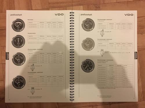 VDO-Katalog_1992_08.thumb.JPG.ac949a31e0d3f2d4dbe8c316511b3bcb.JPG