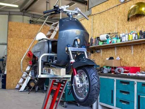 Custom-Lambretta-cnc-Lenker_600x600.thumb.jpg.ed3c6643c0518c45ff84b61a2c4bdc3b.jpg