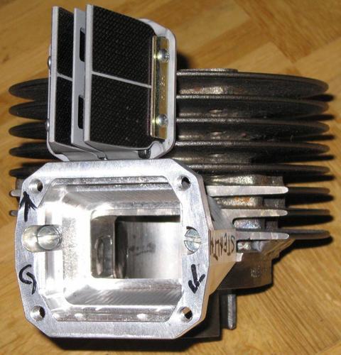 38564807_mitkastenundmembraneblickineinlass.thumb.jpg.2418579f86259a669c7d60347b89f760.jpg
