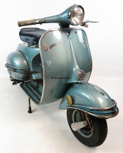 Vespa-150-VBB1T-Azzurro-Metallizzato-890-3-1.jpg