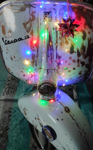 Weihnachtsvespa.thumb.jpg.b82dec2d5bb12c5bcf0855da7ee60e5d.jpg